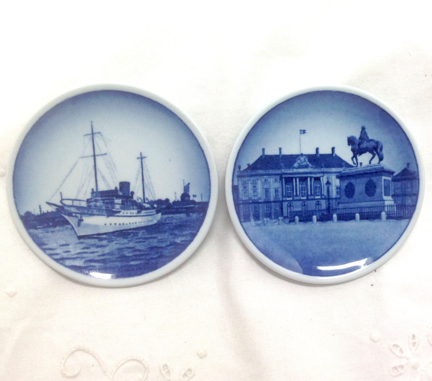 Royal Copenhagen Denmark - Mini Wall Plates - 53-2010 and 13-2010 Series - FAJANCE - Delft Blue