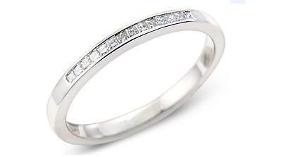 0.15ct PRINCESS CUT DIAMONDS HALF ETERNITY WEDDING RING IN 18K WHITE GOLD