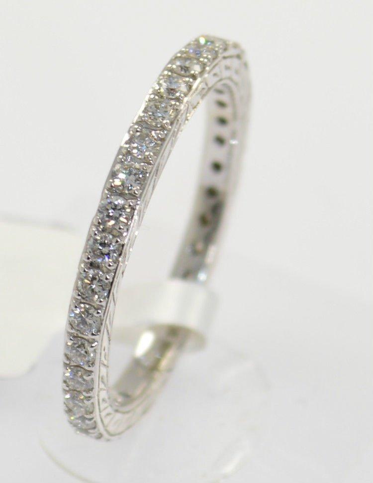 VS Round Brilliant Cut Diamond Full Eternity Wedding Ring Band in 18K White Gold