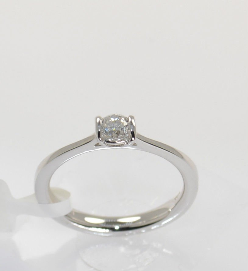 VVS 0.25CT ROUND BRILLIANT CUT SOLITAIRE DIAMOND ENGAGEMENT RING,18K WHITE GOLD