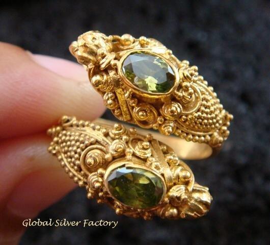 Silver & 18kt Gold Plated Peridot Snake Ring GPR-122-KA