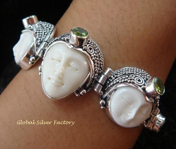 Sterling Silver & Peridot Three Face Goddess Bracelet GDB-1011-KT
