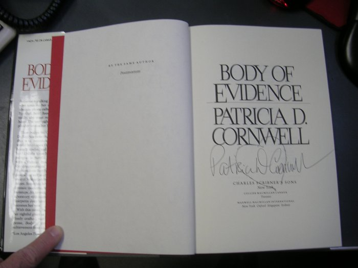 Patricia Cornwall Body of Evidence SIGNED BY AUTHOR