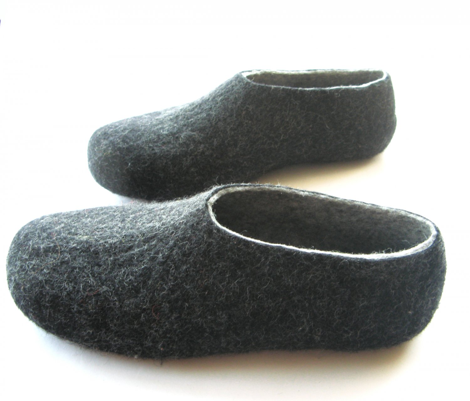 Men's Wool Slippers Charcoal. All sizes for Men