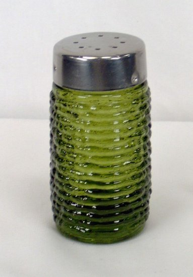 Soreno Avocado Salt Pepper Shaker