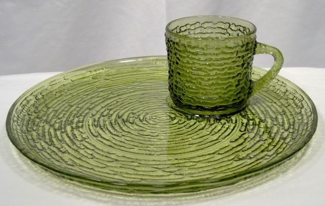 Anchor Hocking Soreno Avocado Snack Set