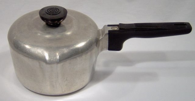 Wagnerware Magnalite Cast Aluminum 1 1/2 Qt. Sauce Pan