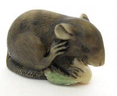 Vintage Japanese netsuke-Black Mouse Eats Grain