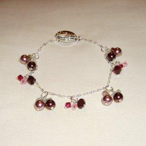 pearls & crystals bracelet (dark red)
