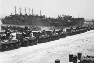 New 5x7 World War II Photo: LST's Lined Before the Invasion of Sicily