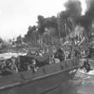 New 5x7 World War II Photo: Australian Troops Storm Balikpapan, Borneo