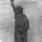 New 5x7 Photo: Aerial View of 18,000 Man Formation of Statue of Liberty