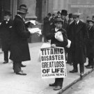 New 5x7 Photo: TITANIC Disaster, Great Loss of Life - Newsboy at White Star