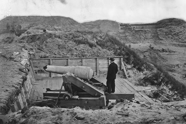 New 5x7 Civil War Photo: Gun Damaged in Bombardment of Fort Fisher, N. Carolina