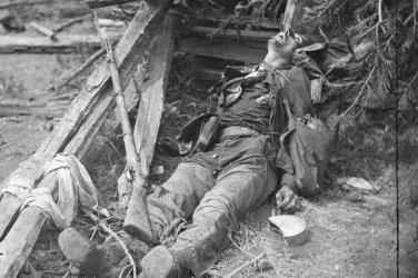 New 5x7 Civil War Photo: Confederate Casualty at Spotsylvania Court House, 1864