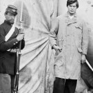 New 4x6 Photo: Lincoln Conspirator Lewis Powell (Payne) with Guard