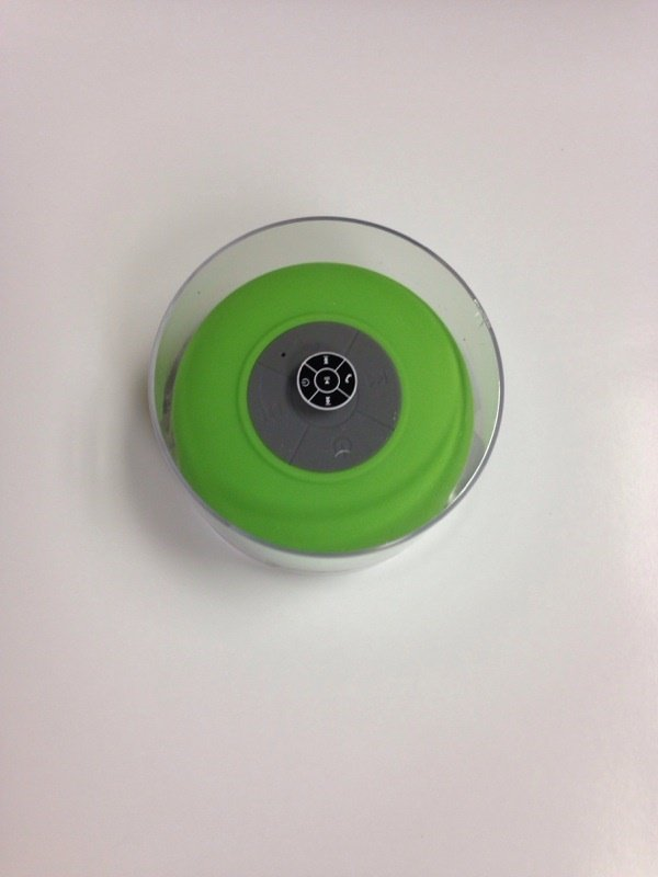 BTS-06 Mini Waterproof Bluetooth Speaker with MIC Suction Cup for iPhone /iPad /Cellphones in Green