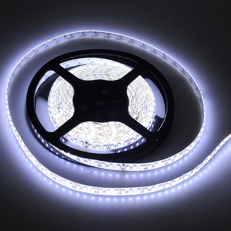 3528 5m 16.4ft Cool White 600 LED SMD Flexible Strip Light DC 12V