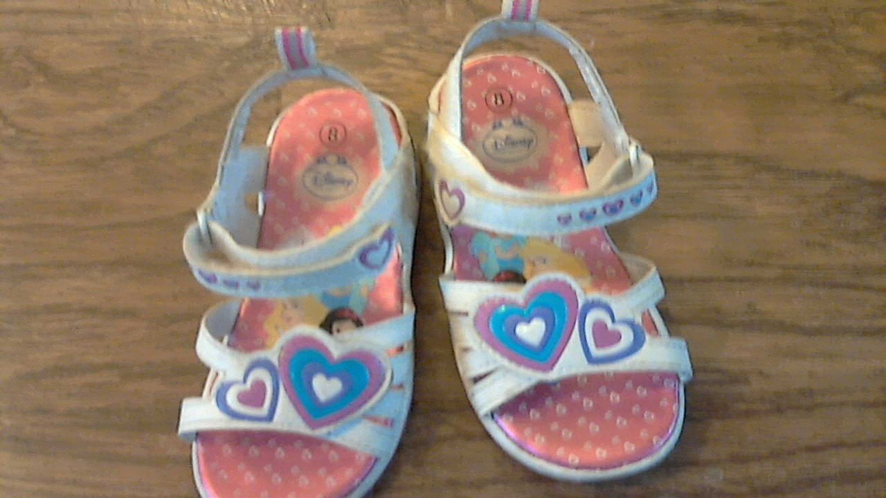Dinsey toddler girl's white princess light up sandals size 8