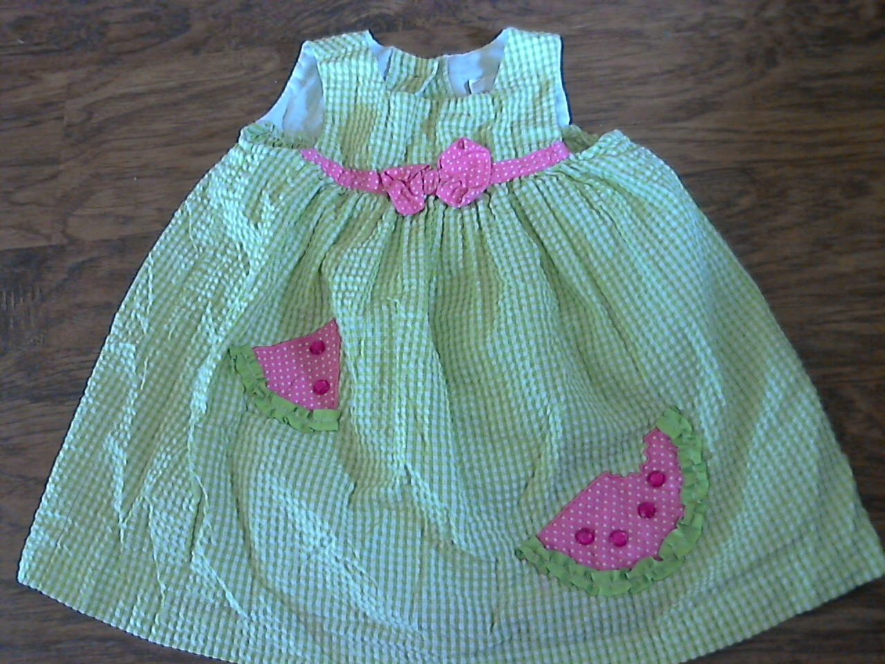 Toddler girl's green and white plaids sleeveless dress 2T
