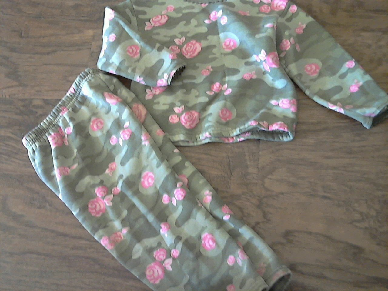 Athletic Works girl's green long sleeve sweater pant set 3T