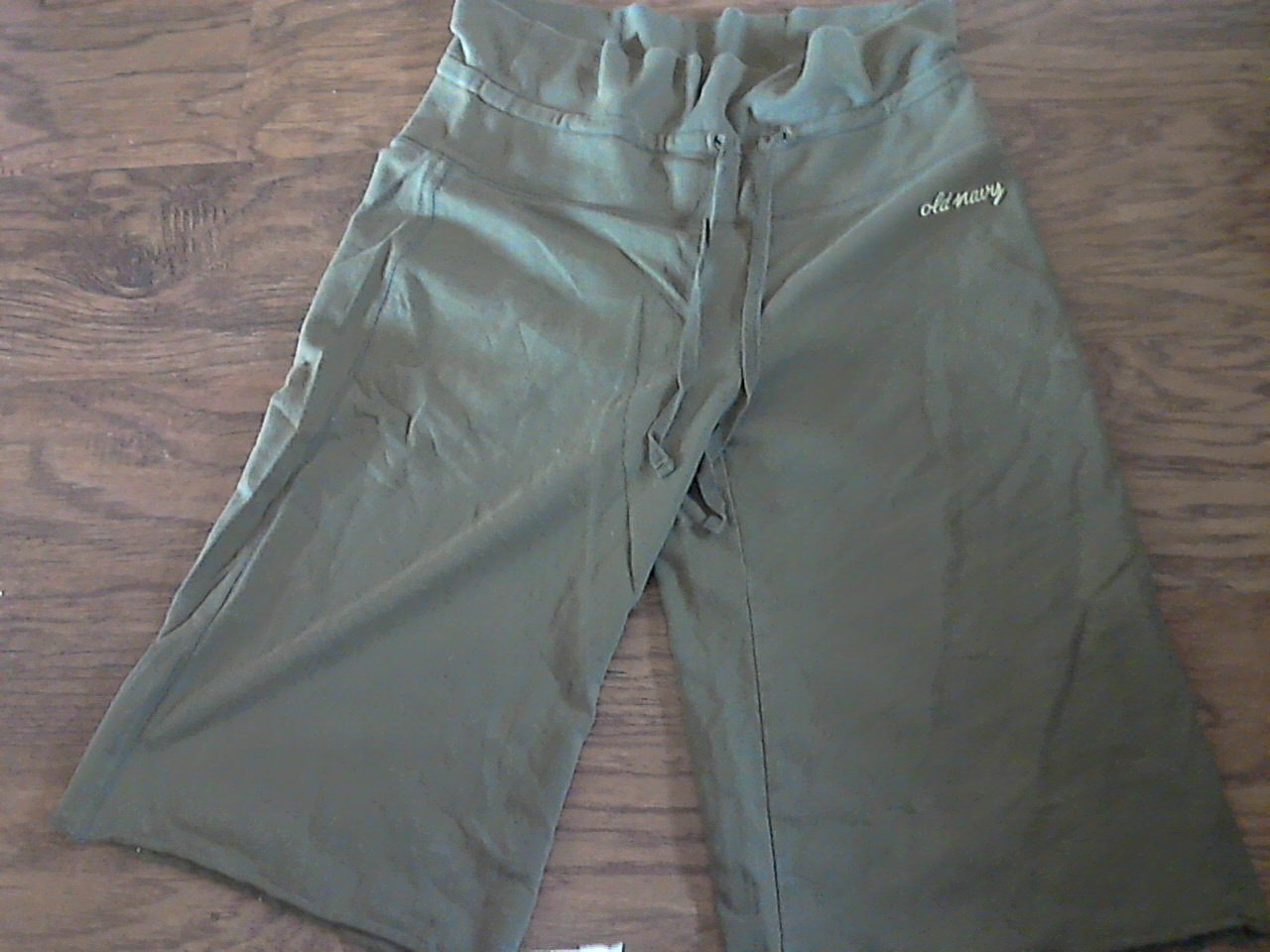Old Navy woman/jr girl olive string short size small