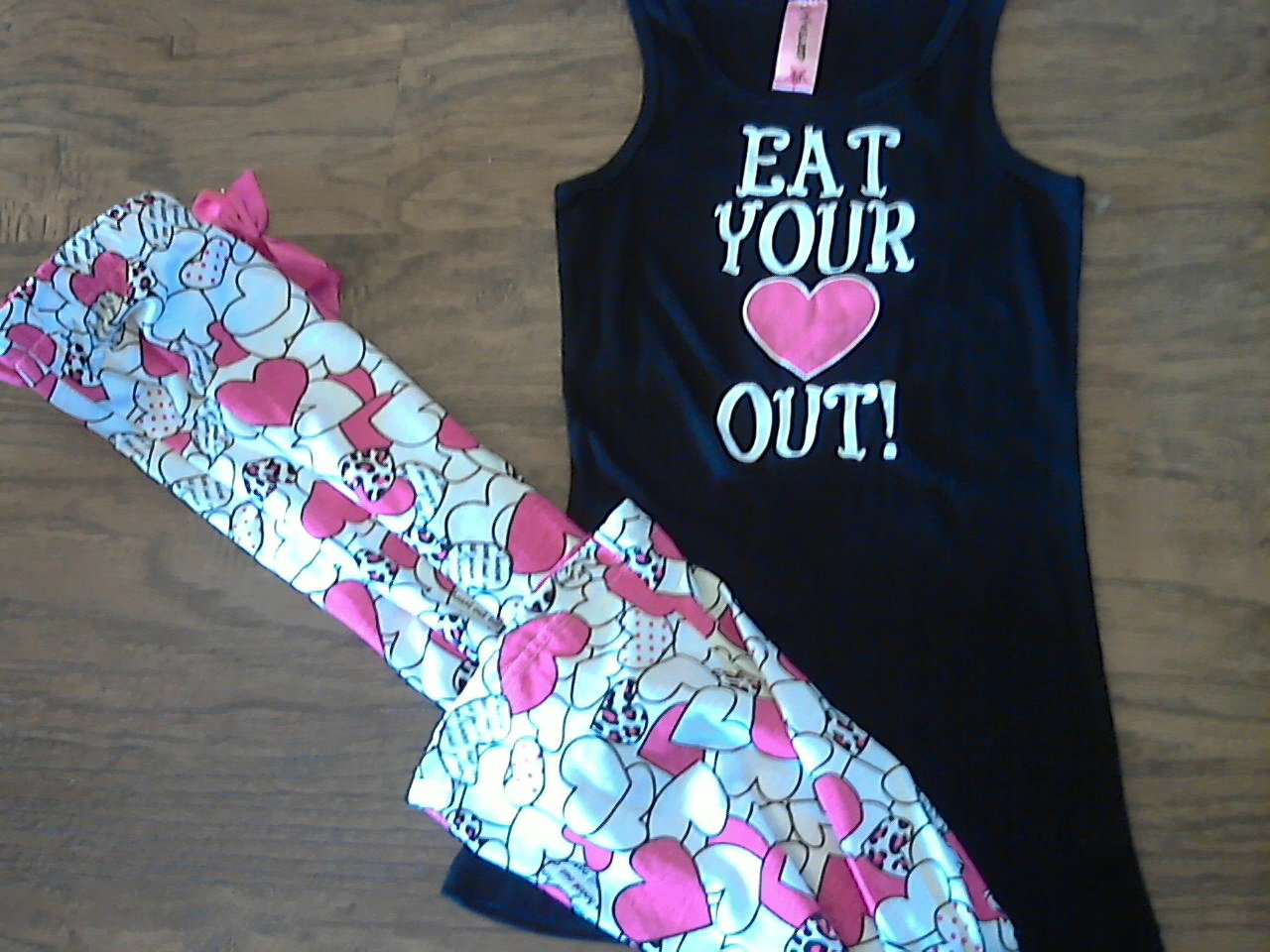 Girl's black and white pajamas size Medium