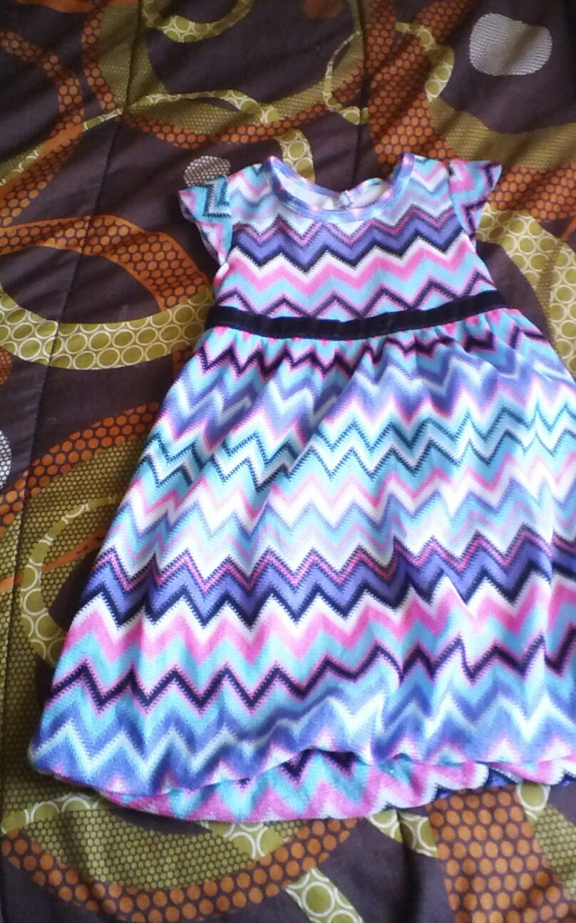 Healthtex toddler girl's geo multicolor summer dress size 4t