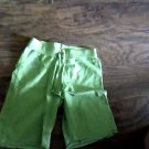 Med (10-12) girl's green bandwaist short