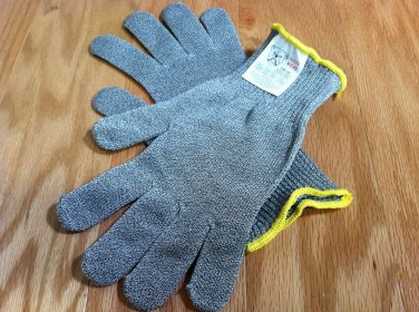 TWO MAXX WEAR CUT RESISTANT GLOVES- CR-10 Spectra/Stainless Steel Blend, MEDIUM