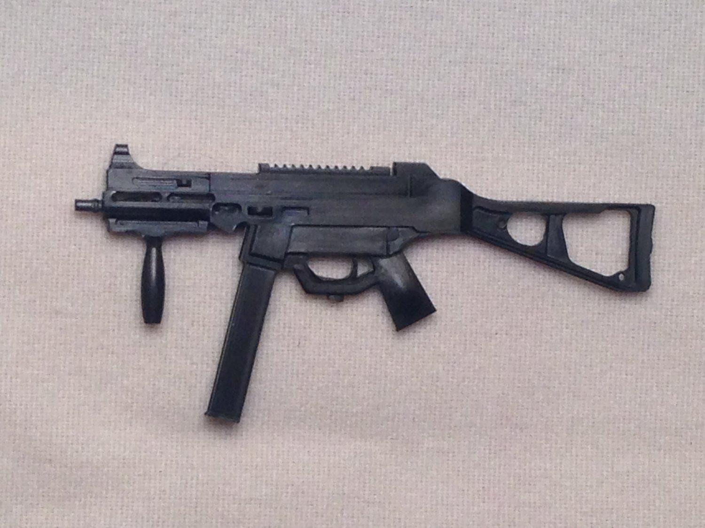 1:18 UMP45