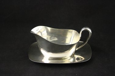 Reed and Barton Silver Plated Creamer and Tray Embassy 1146