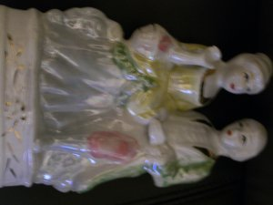 Stunning Chinese Vintage Porcelain Couple Figure wGold