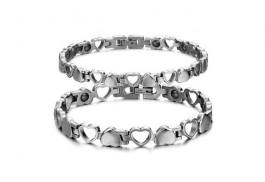 Titanium Steel Magnet Heart Bracelet with free matching Earrings