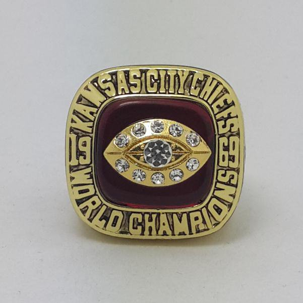 1969 Kansas City Chiefs IV super bowl championship ring size 11 US