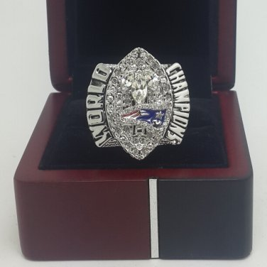 2004 New England Patriots super bowl championship ring size 11 US With wooden box