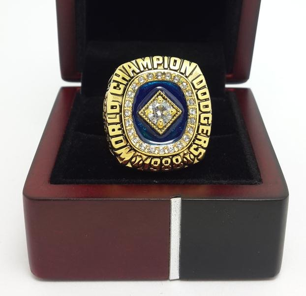 1988 Los Angeles Dodgers Baseball championship ring MLB ring size 9-14 US With Wooden Box