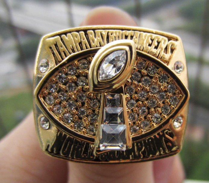 2002 Tampa Bay Bucaneers super bowl ring size 11 US