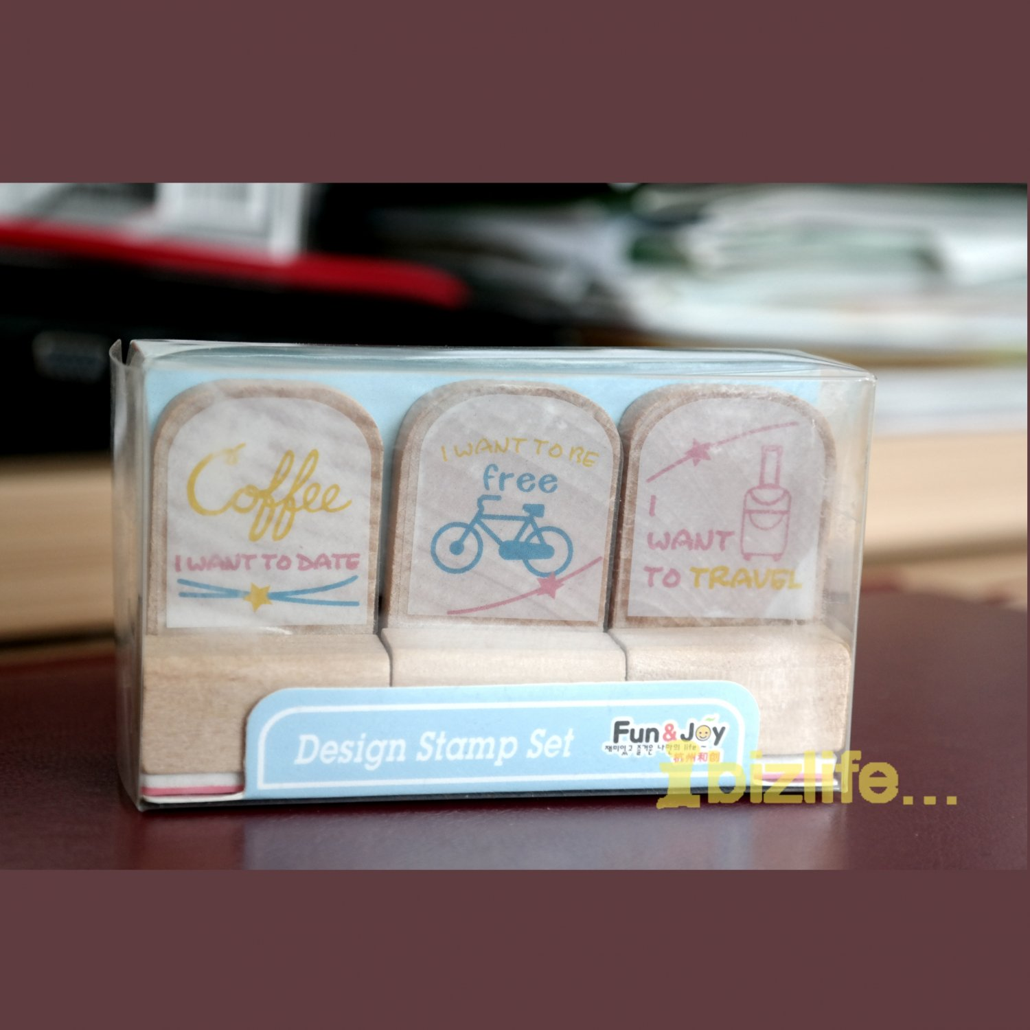 Set of 3 Rubber Stamp in Wooden Block-Want to date/free/travel (WS01)