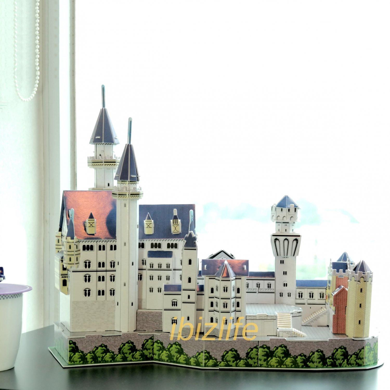 NEUSHWANSTEIN Castle Germany 3D Puzzle set Calebou 2804-G 98 pcs DIY Jigsaw model as gift
