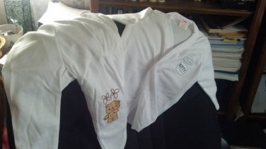 """""""Kitty"""" Infant pajamas with footies, White, two piece, long sleeves 6-9 months"""