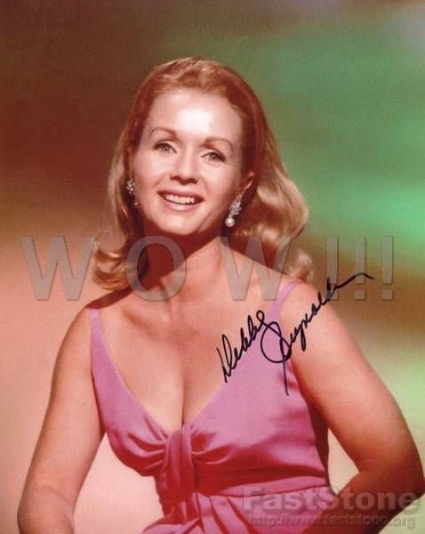 Gorgeous DEBBIE REYNOLDS Signed Autograph 8x10 inch. Picture Photo REPRINT