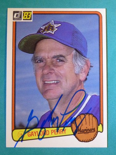 1983 Fleer #307 GAYLORD PERRY Hand Signed Auto Graph Baseball Card Hall of Famer