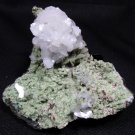 AWESOME STILBITE ON CHALCEDONY MINERALS FLOWER FORMATION COLLECTIBLES SPECIMENS