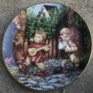 "1992 ""Private Parade"" Little Companions Hummel Collectors Plate #MD6086"