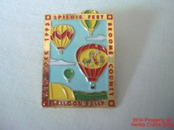 Broome County NY Balloon Rally Pin 1993 Spiedie Fest Goldtone Colors Clutch .f