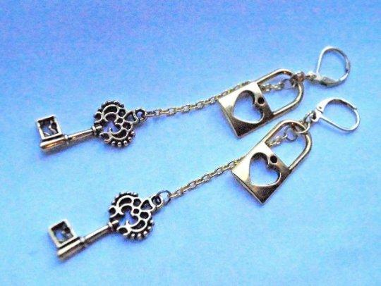 Retro Golden Heart Lock and Retro Key chain dangle Design Genuine Brass Lever Back Earrings