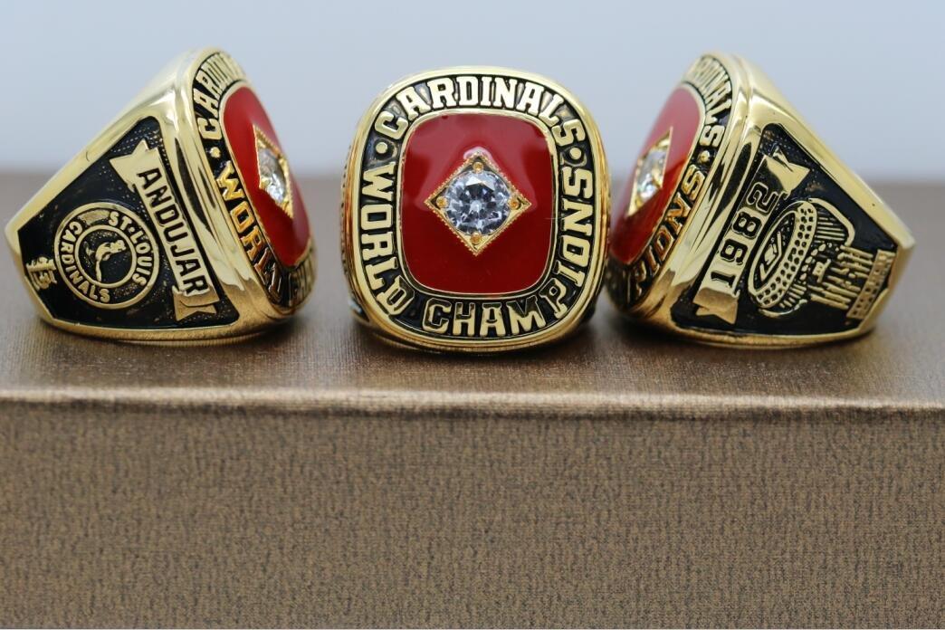 1982 St. Louis Cardinals Baseball World series Championship ring cooper ring size 8 US