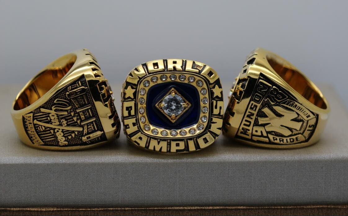 1978 New York Yankees MLB World Series ring 10 size US With Munson name