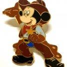 136 Disney 2005/6 HKDL Mickey Cowboy